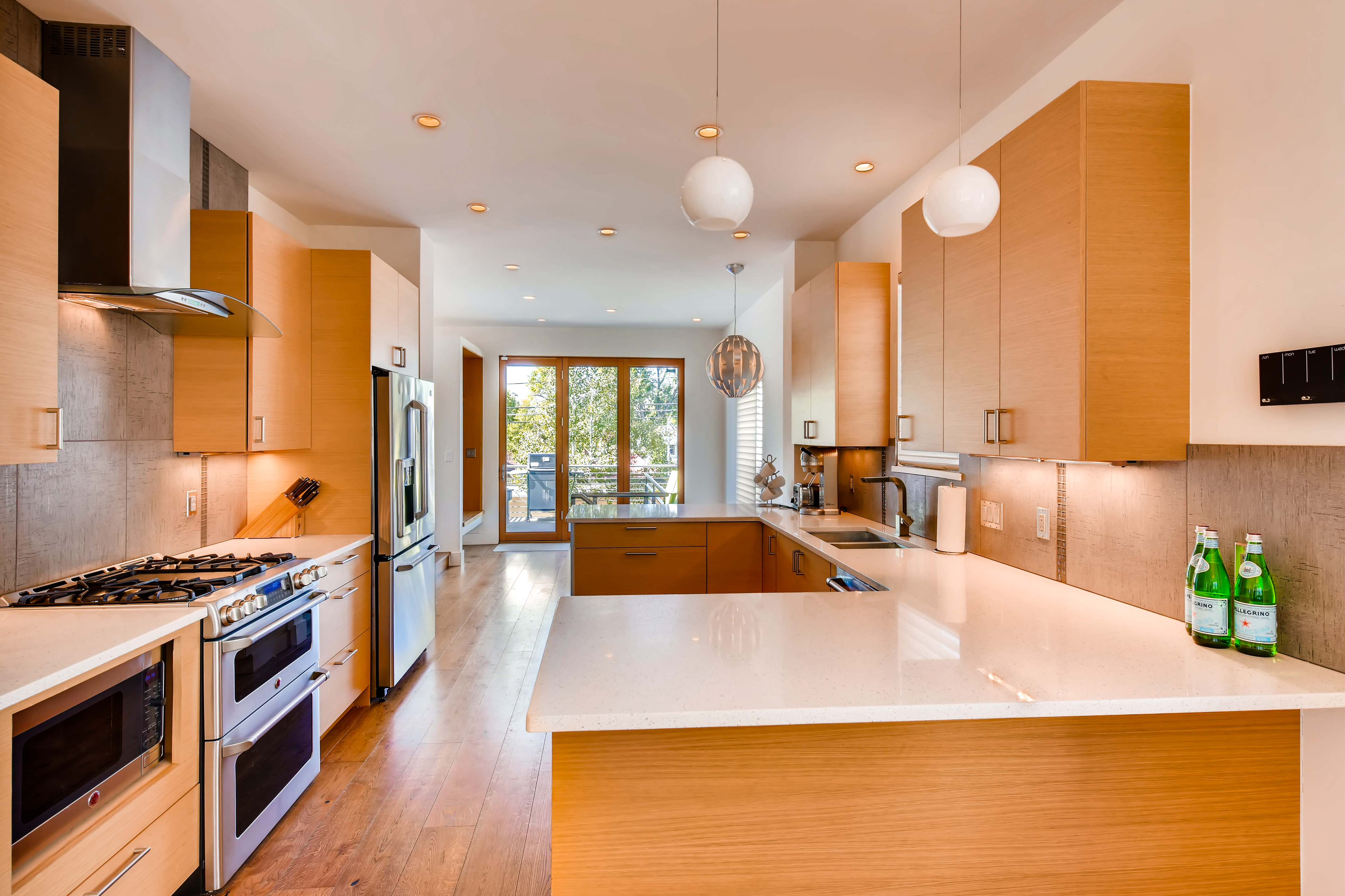 Virtuance_real_estate_photography_best_kitchens_32