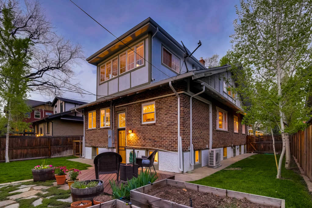 100_year_old_bungalow_virtuance_denver_35