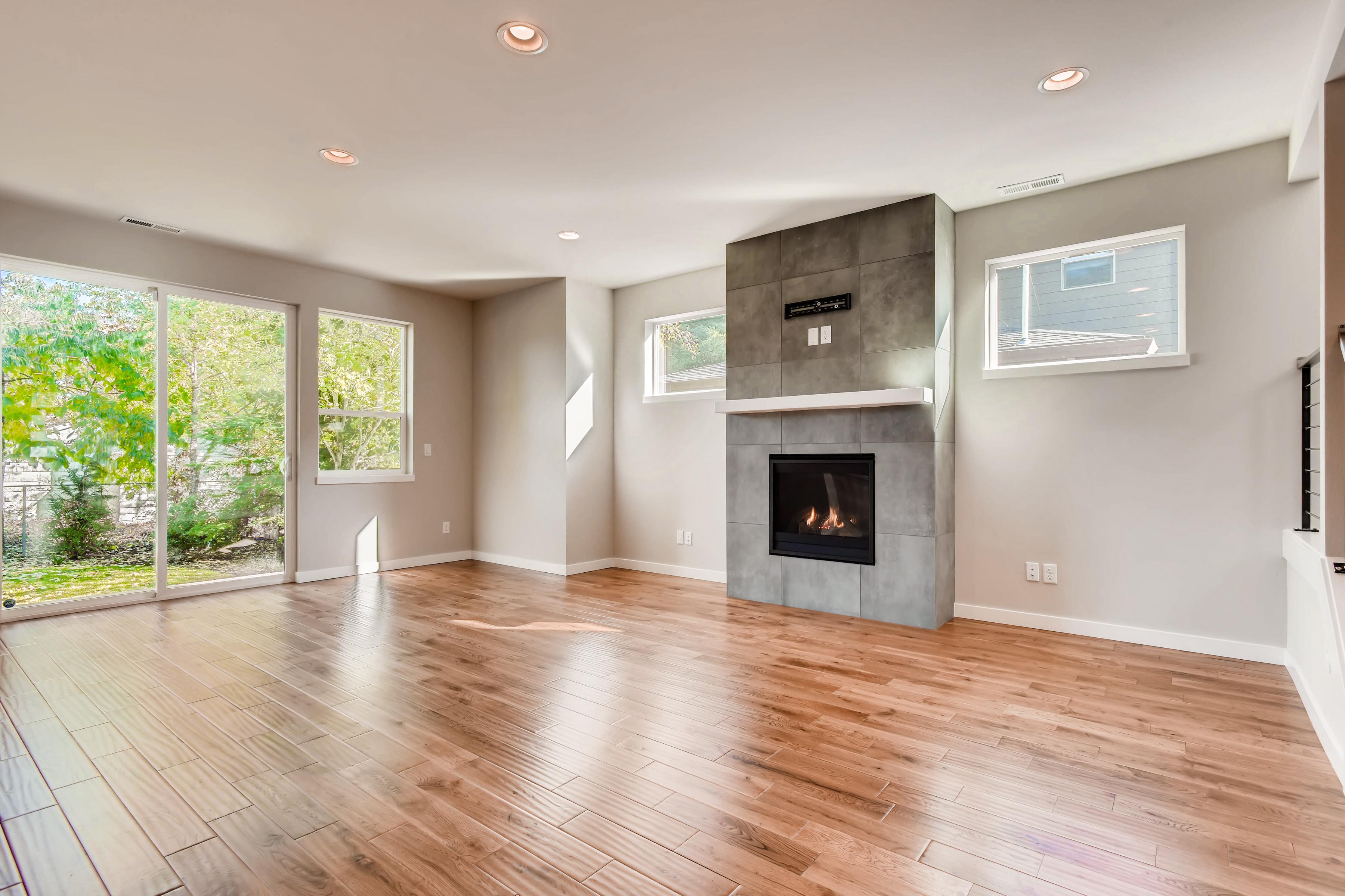living_room_real_estate_image__virtuance_01